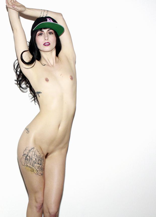 girls coverd in filth naked